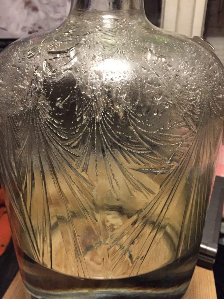 Krystaly ve strukturované vodě